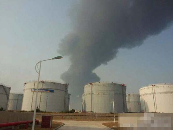 青岛黄岛爆炸